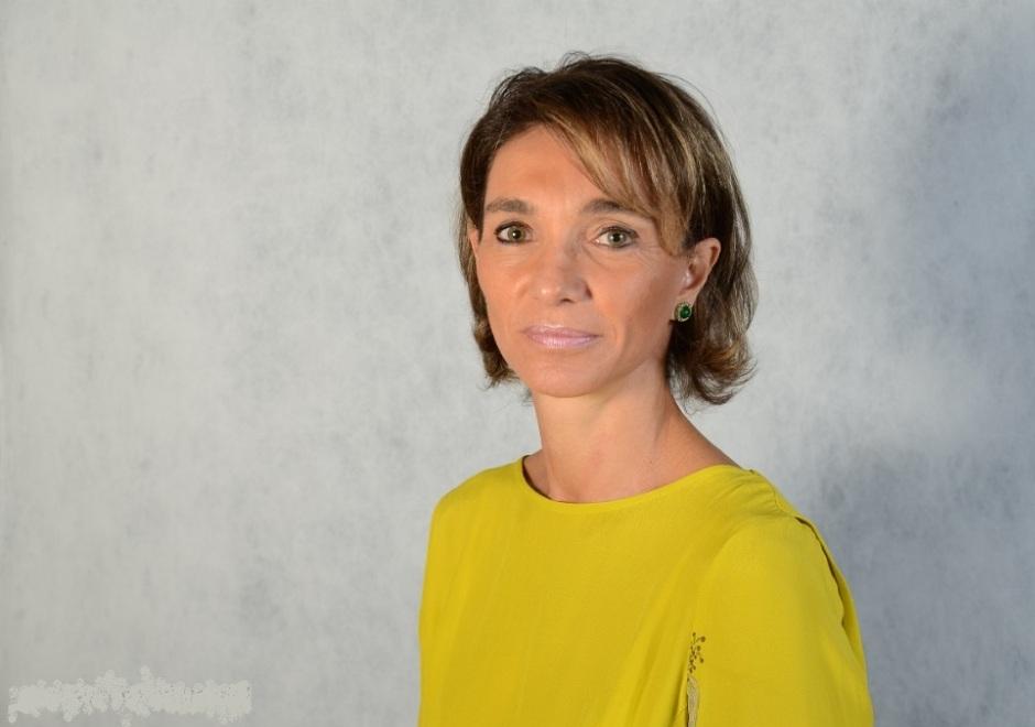 Ana Maria Diniz