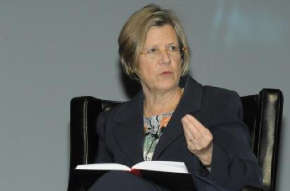 Karin Lissakers