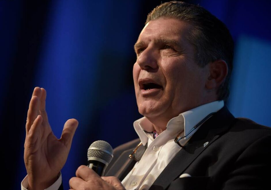 Carlos Páez conferencias, speaker, milagro en los Andes