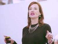 monica-esgueva-conferencias-speaker-mindfulness-felicidad