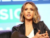 Jessica Alba speaker, keynote speech, celebritie