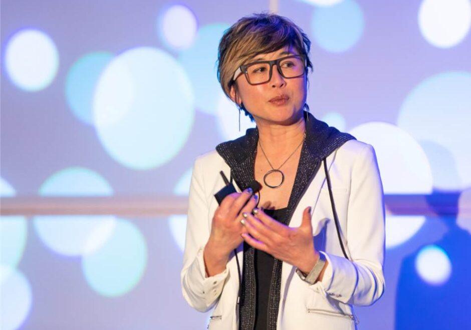 Jenn Lim speaker, delivering hapiness, keynote