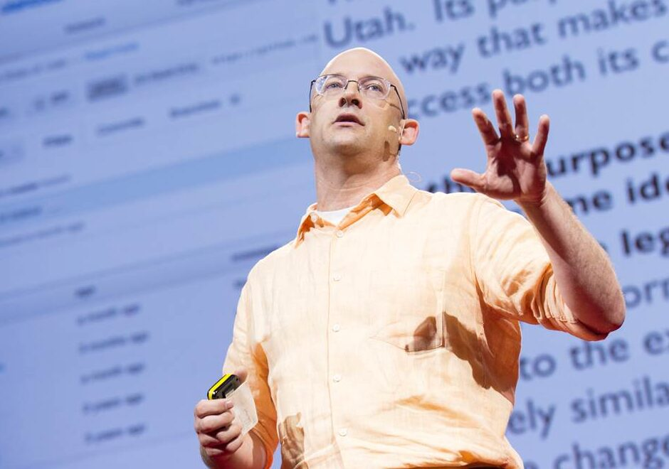 Clay Shirky speaker, ted, digital, keynote it