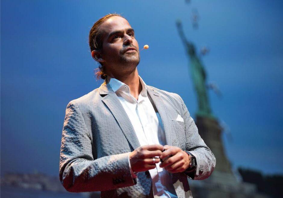 Orlando Duque clavadista, conferencista, TED