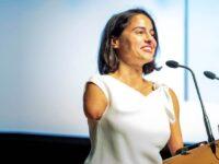 Lary León conferencias, speaker, inspiración, motivación, la sonrisa de una sirena